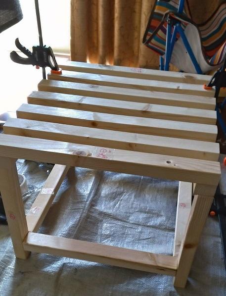 木製フレームの棚塗装前完成