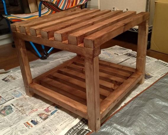 木製フレームの棚塗装3回目後