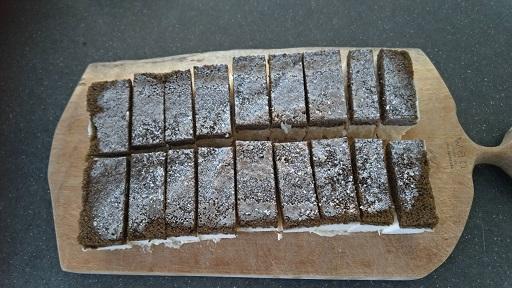 業務スーパーのティラミスムースケーキ